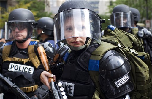 960-G20_Summit_Protests.sff.standalone.prod_affiliate.58