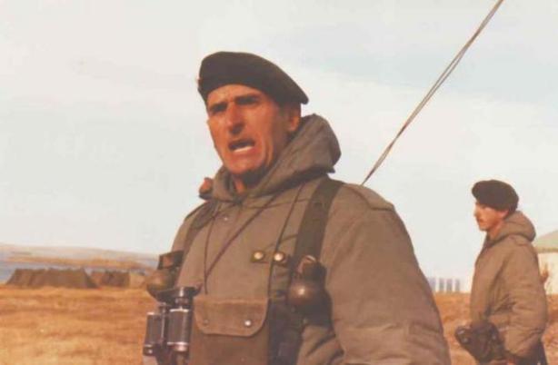 Teniente Coronel Mohamed Al__ Seineld__n RIM 25